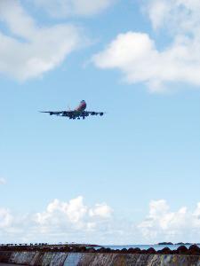 飛行機の離着シーン