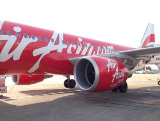 エアアジアで行く沖縄 成田空港 機体