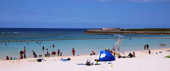 クラゲ防止ネット付きビーチ