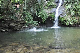 普久川の滝